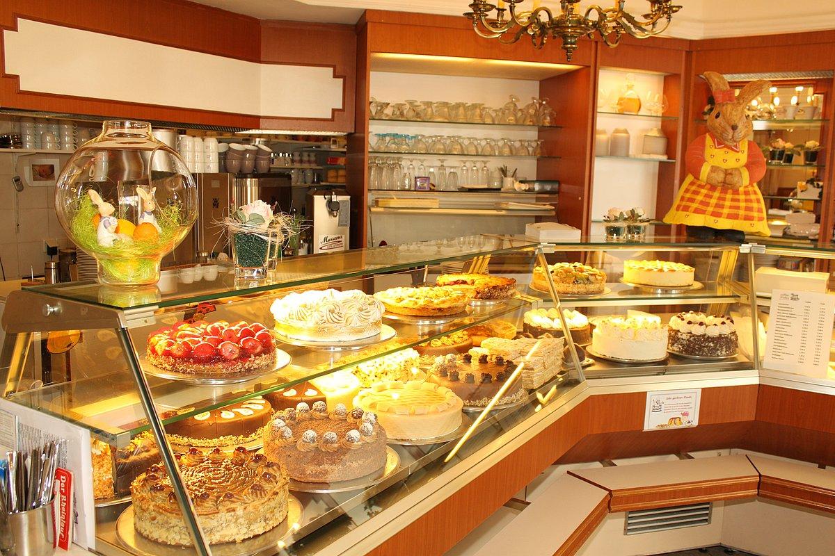 Café Leber Produktauslage