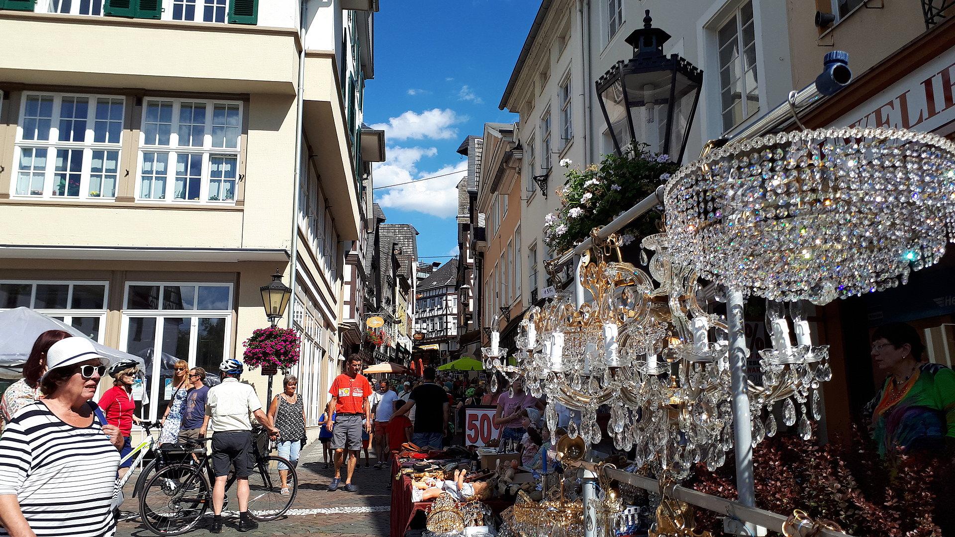 Linzer Antik- & Trödelmarkt