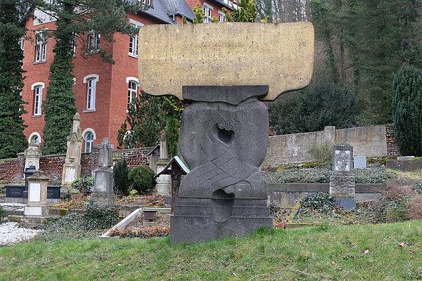 Steinskulptur Oellers